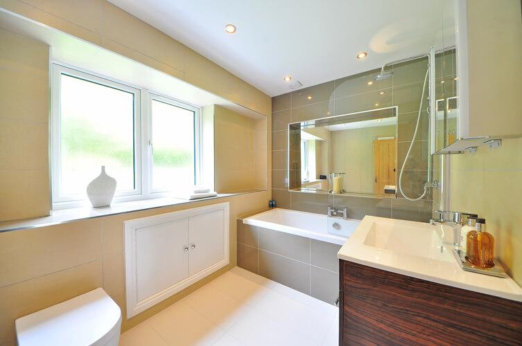 Création de salle de bainS à Bouguenais Atlantis Plomberie